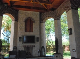 Houston Patio Outdoor Fireplace / Firepit Image 9