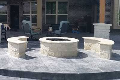 Outdoor Fireplaces / Fire pits Gallery